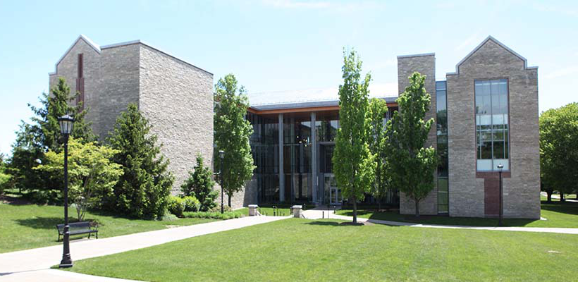 front view of 日e Doering Center